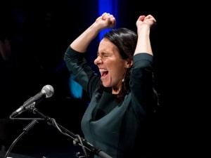 Valérie Plante pendant son discours de victoire au Théâtre Corona